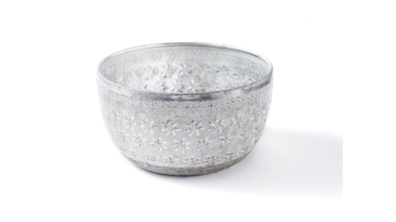 Aluminum bowl
