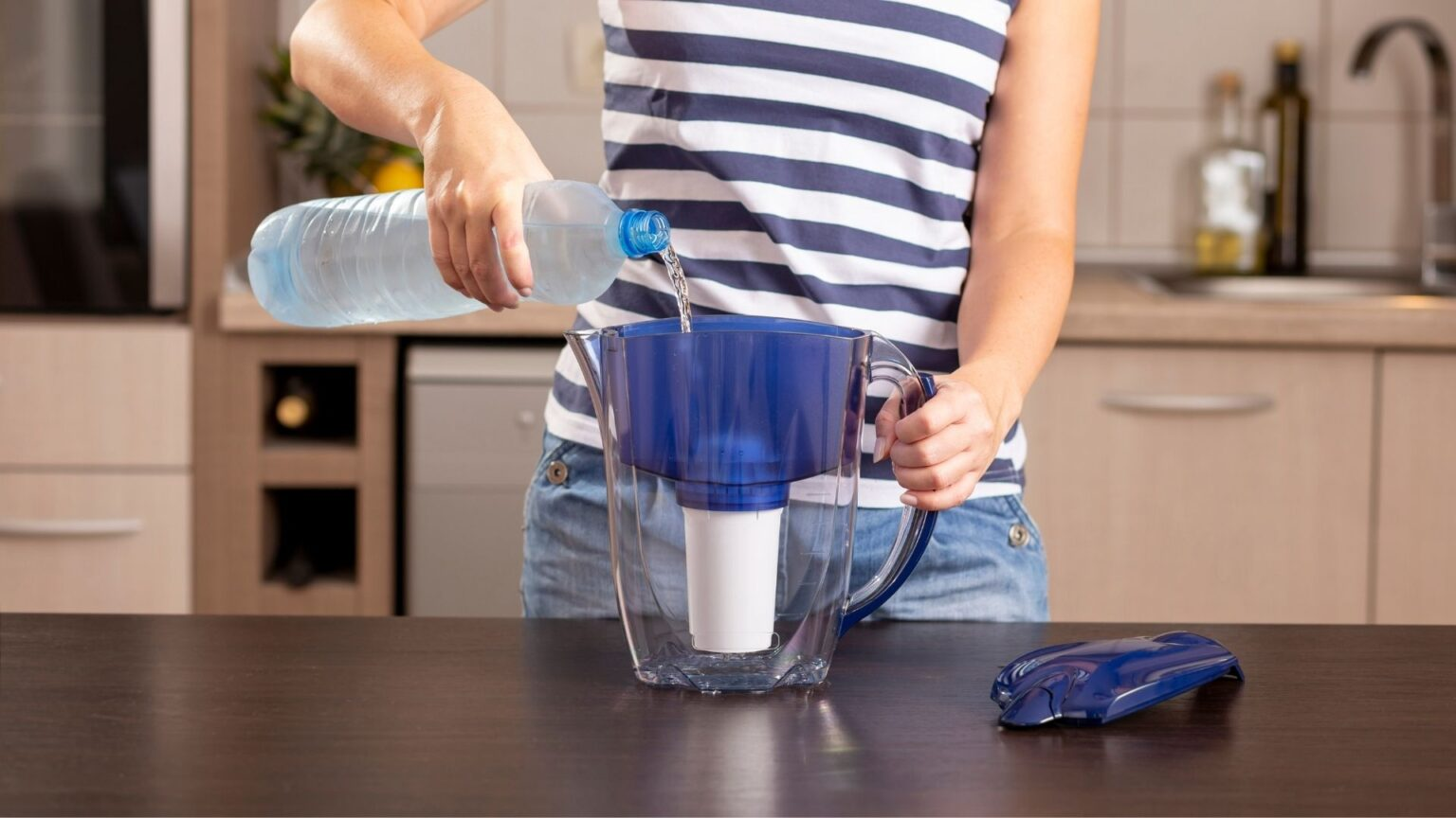 Guide to Buying the Best Water Pitcher Filters