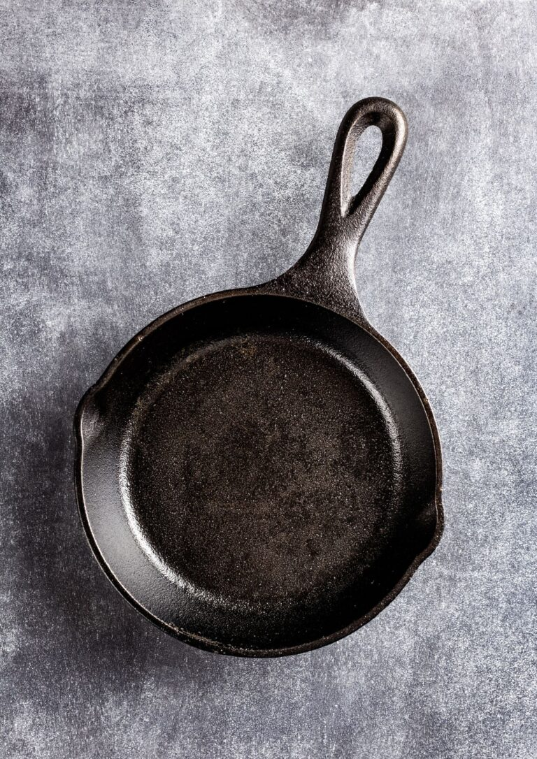 Types of Cast Iron Pans