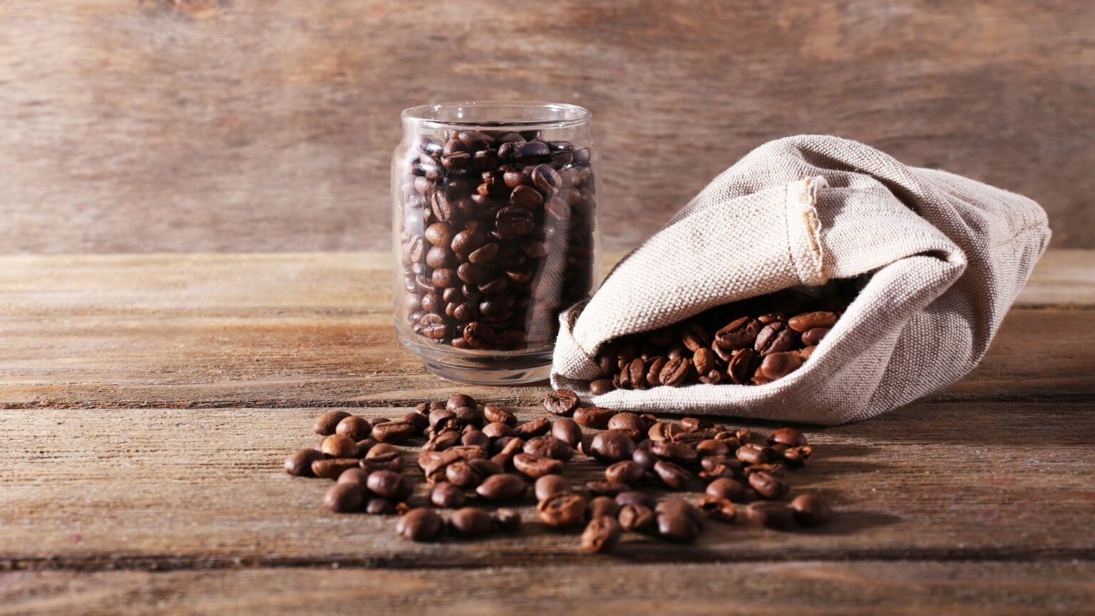Which Can for Coffee is Better Choice by Material