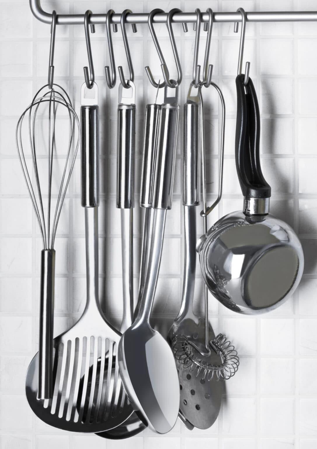 classic kitchen utensil set