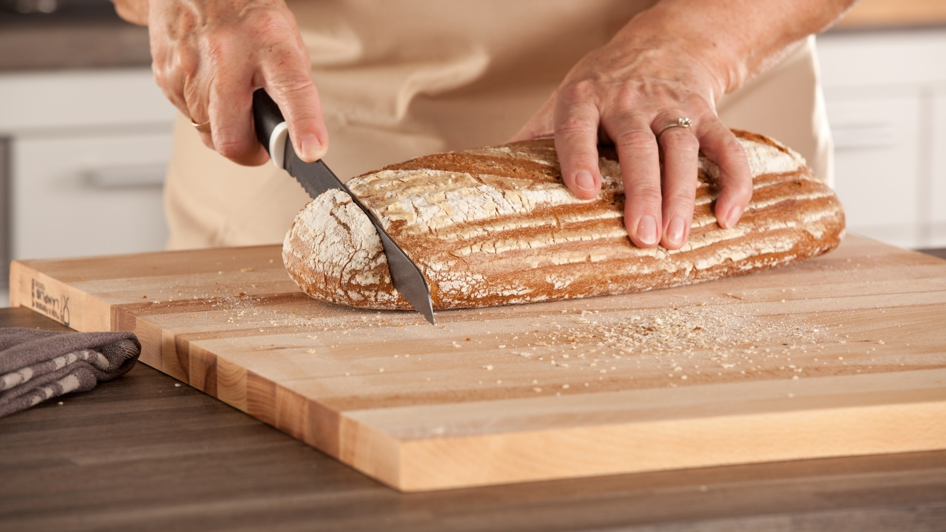 Types of Bread Knives and Criteria for Choosing the Best One